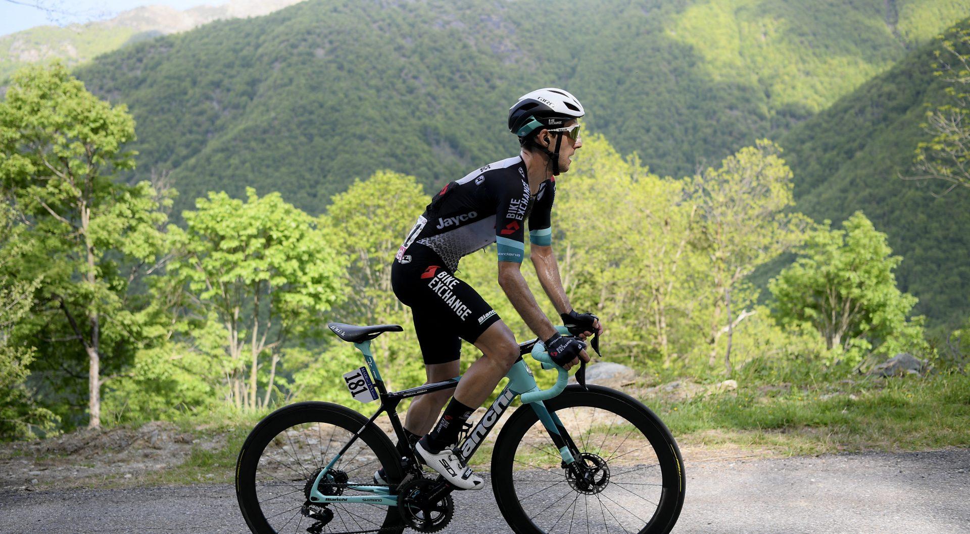 Giro d'Italia 2021 - 104th Edition - 19th stage Abbiategrasso - Alpe di Mera 166 km - 28/05/2021 - Simon Yates (GBR - Team Bikeexchange) - photo POOL Fabio Ferrari/BettiniPhoto©2021